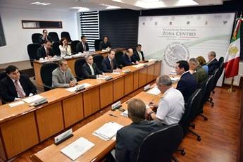 El Secretario de Gobernación encabezó la reunión