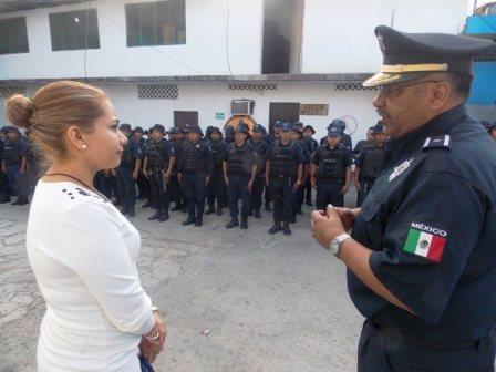 En sus primeras actividades estuvo la supervisión de las fuerzas policiales