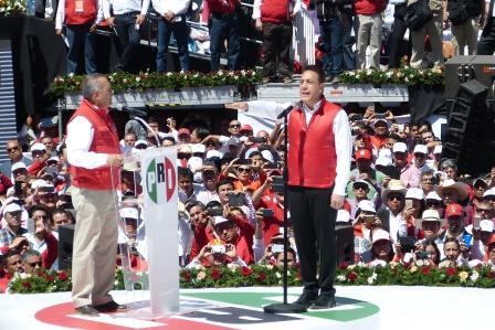 Omara Fayad, al rendir protesta como candidato a gobernador por Hidalgo