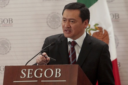 Osorio Chong, bajo fuego amigo