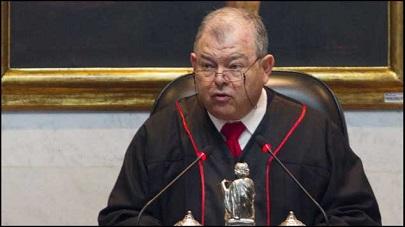 La magistrada enfrentada con el presidente del Tribunal, Edgar Elías Azar